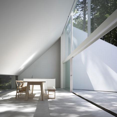 dezeen_Forest-Bath-by-Kyoko-Ikuta-and-Katsuyuki-Ozeki_japan openhouse