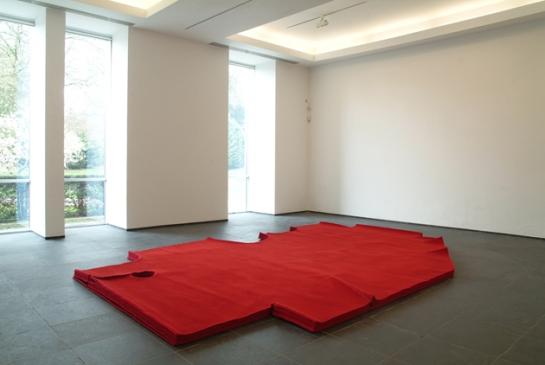 openhouse-magazine-barcelona-alberto-garutti-through-unusual-eyes-art-exhibition-story-by-monica-lombardi-milan 3