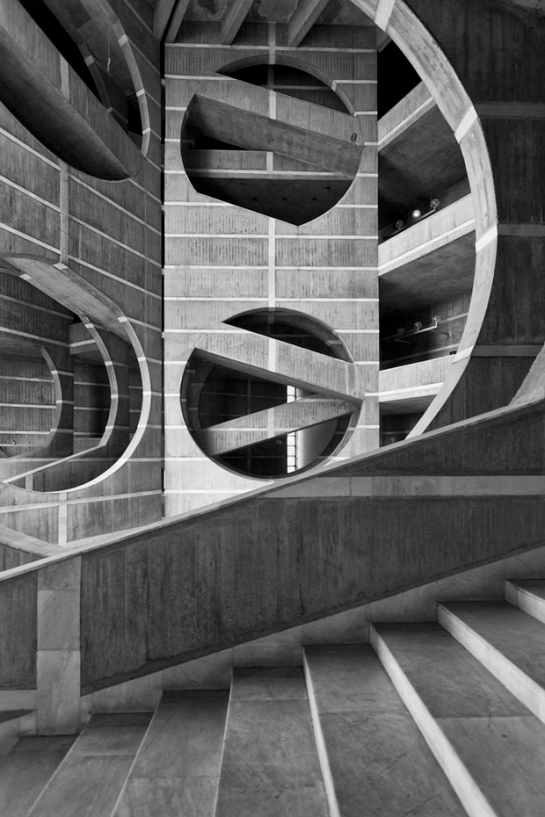openhouse-magazine-beauty-in-brutalism-architecture-photography-louis-kahn-visual-archive-by-naquib-hossain 9