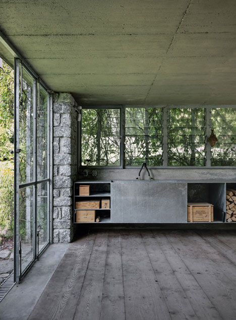 openhouse-magazine-green-box-architecture-act_romegialli-raethian-alps-switzerland 6